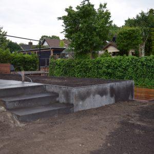 terras en trap aanleg