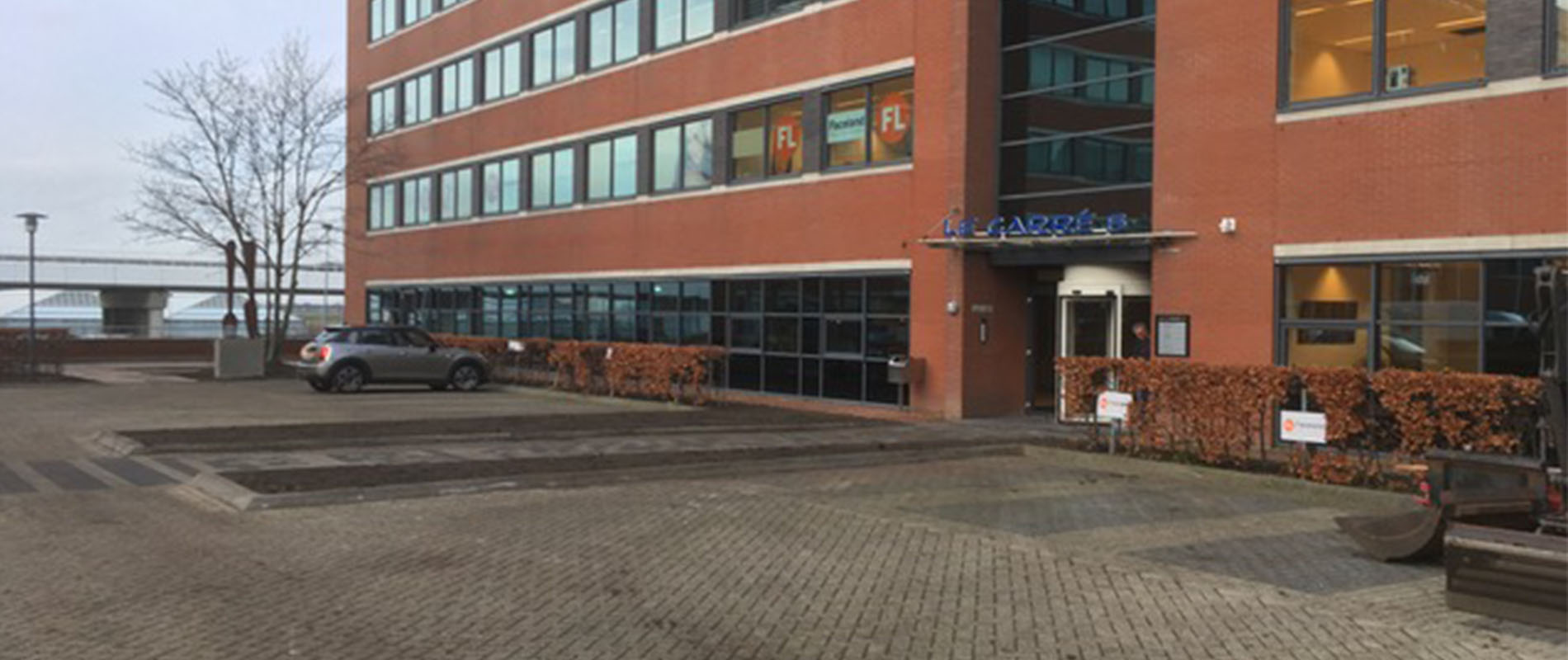 Renovatie kantoortuin en parkeerdek